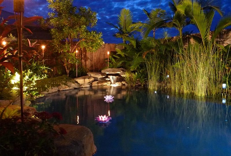 Brilliant-LED-Lighting-turns-the-small-natural-pool-into-a-magical-setting